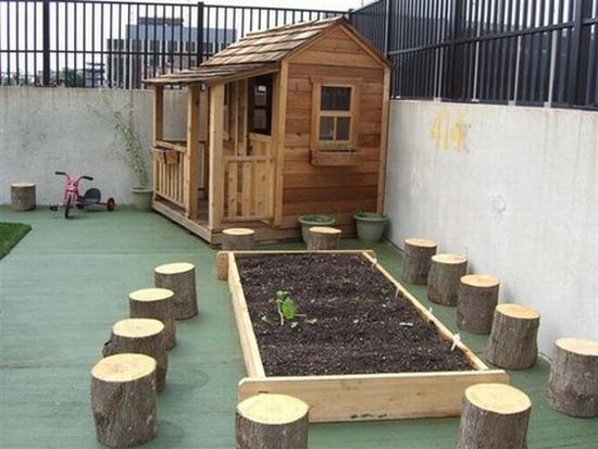 11 playground 030