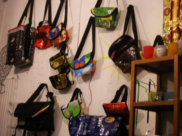 bags and wallets made from trash 4 vqmml 24429