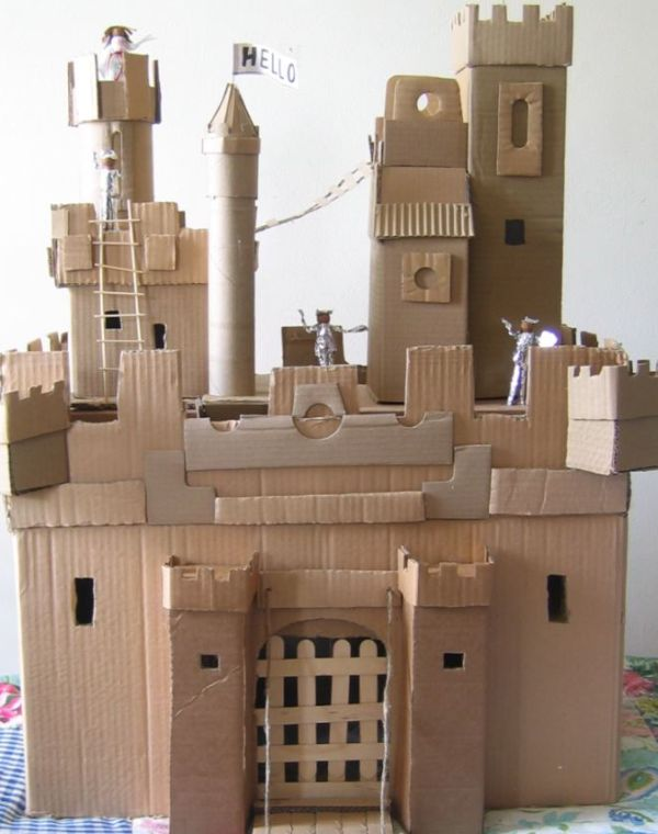 How To Make A Castle For Your Kids Using Recycled