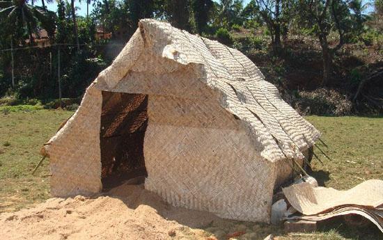 eco hut4