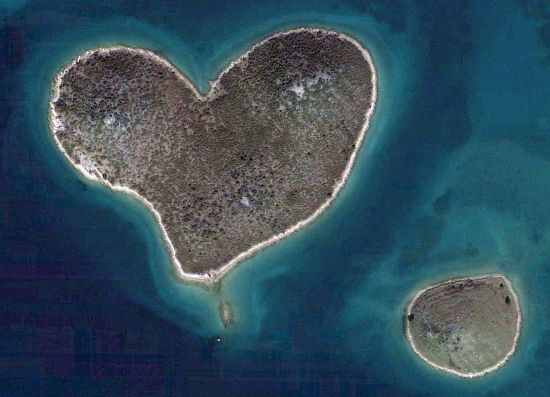 heart shaped islet of galesnjak in croatia