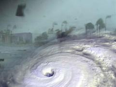 hurricane dean strikes jamaica
