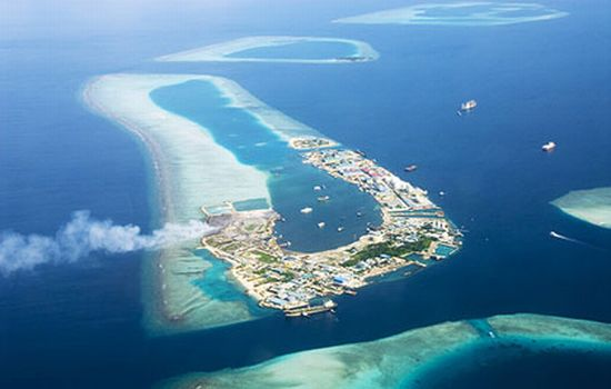 Maldives look for new homeland to avoid future as climate refugees ...