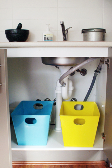 Manage trash without using plastic bags