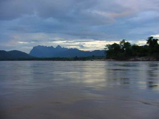 mekong river in southeast asia 2csfb 17620
