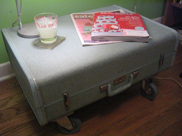 Mobile suitcase table