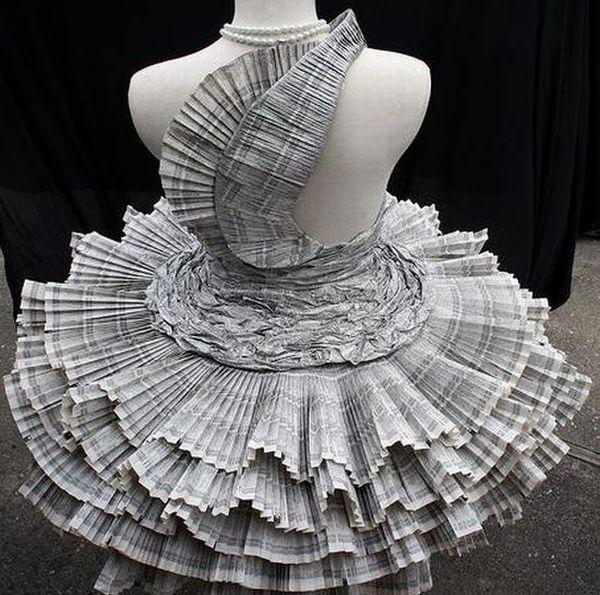 Paper Dress by Jolis Paons