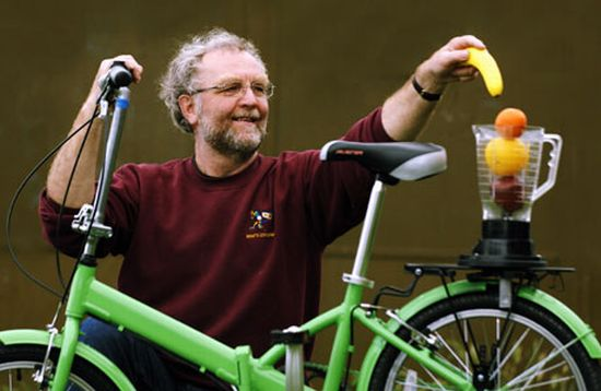 pedal powered smoothie maker