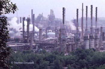 pollution at a kentucky oil refinery