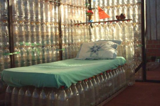 the ecological bottle house 2 mg86r 69