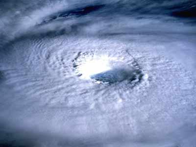 typhoon fitow strikes japan