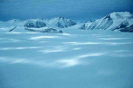 under ice lakes 1822