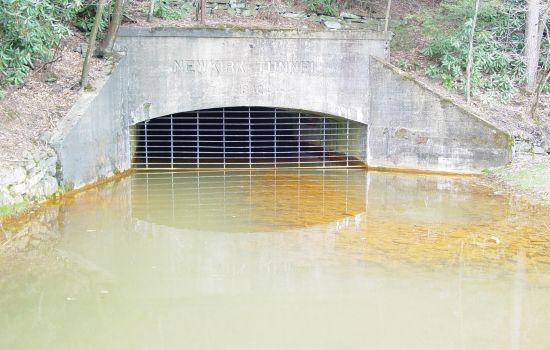 water mine aOexK 18722